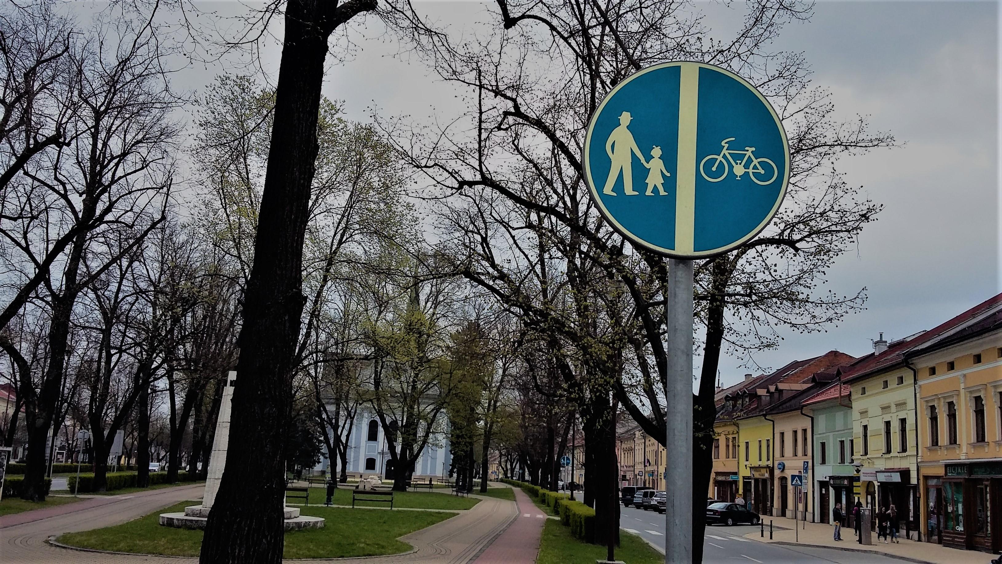 Značka chodec/ cyklista