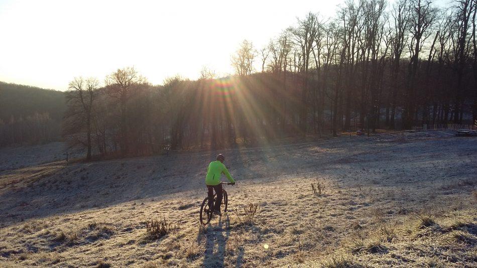 zimná idylka- prejazd zamrznutou krajinou